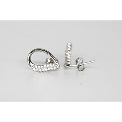 Különleges formájú ezüst bedugós fülbevaló
