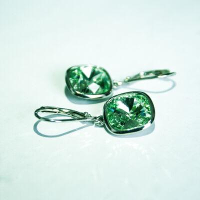 Zöld színű Swarovszki köves lógós ezüst fülbevaló