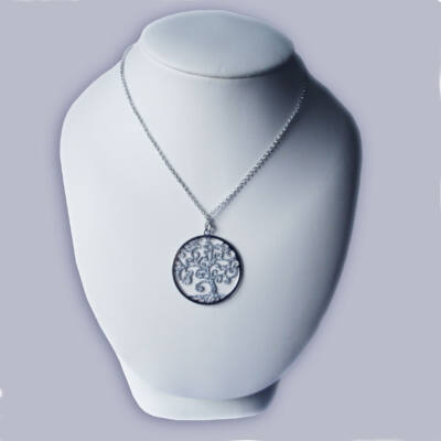 Ezüst életfa lánc és medál, mely szimbolizálja életed örök virágzását
