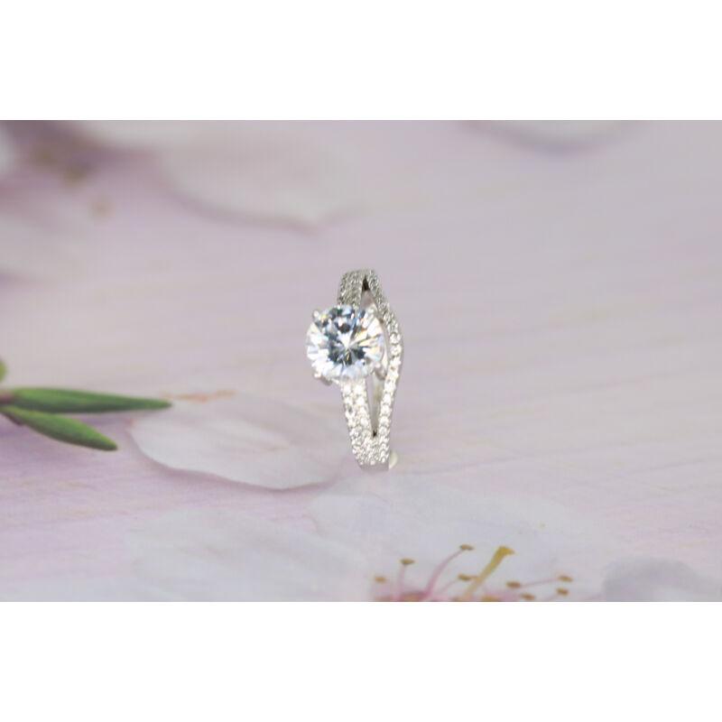 káprázatos köves ezüst gyűrű