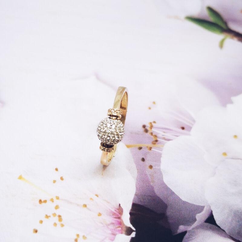 Meseszép modern arany gyűrű