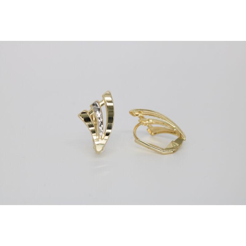 különleges formájú Vésett francia záras arany fülbevaló