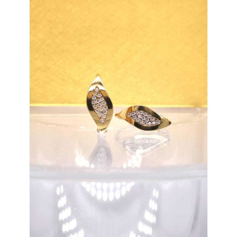 Íves mandula alakú köves arany fülbevaló