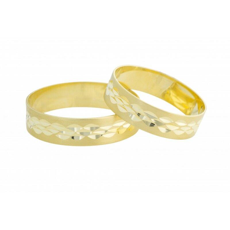 Különleges és egyedi 14 karátos karikagyűrű