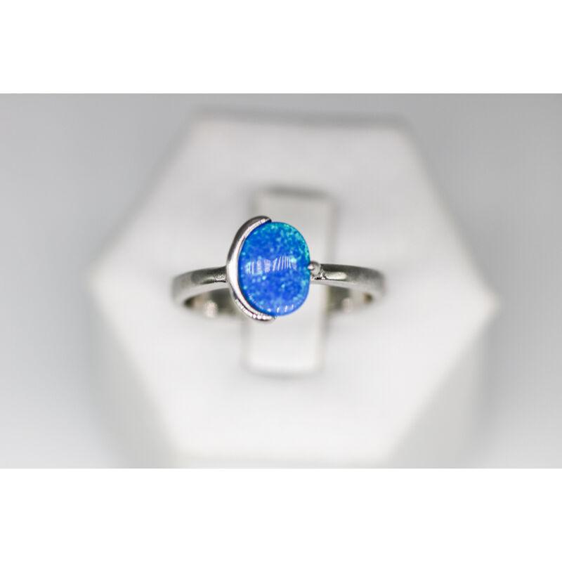 Különleges kék opál ezüst gyűrű