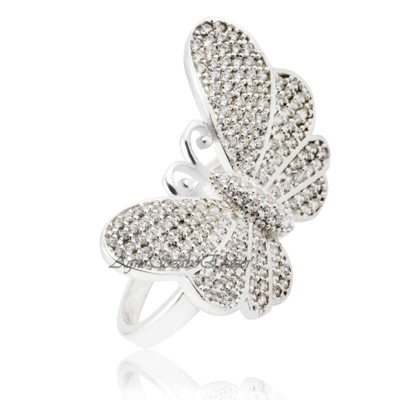 Csillogó cirkónia köves pillangót formáló ezüst gyűrű