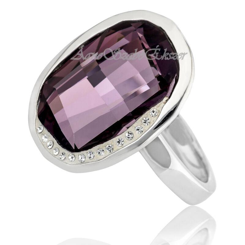 Érett, elegáns hölgyek ékszere a Swarovski bordó köves gyűrű
