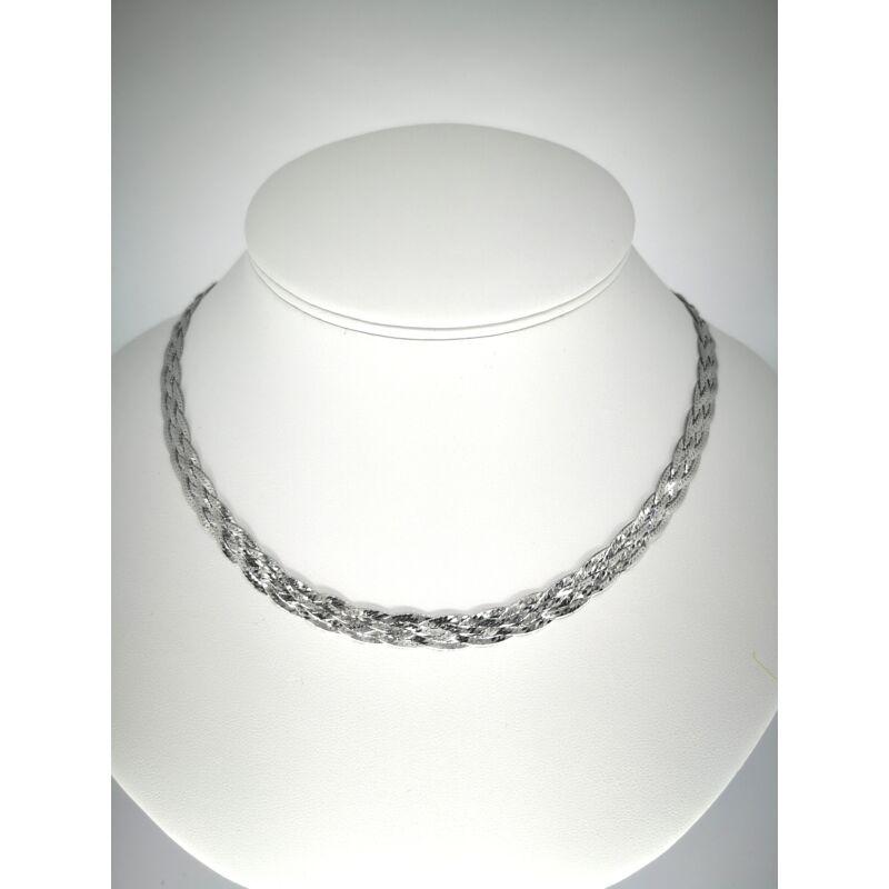 Fonott ezüst nyaklánc
