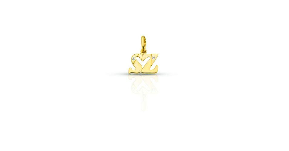 c4086a1ac Neved kezdőbetűje 14 karátos aranyból kiöntve